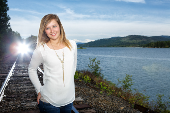 Daranie's senior portraits near Priest River Idaho
