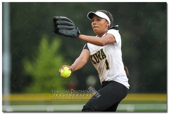 Kuna Softball Pitcher